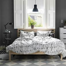 bett skandinavisches design do or don t two duvets on one bed a cup of jo