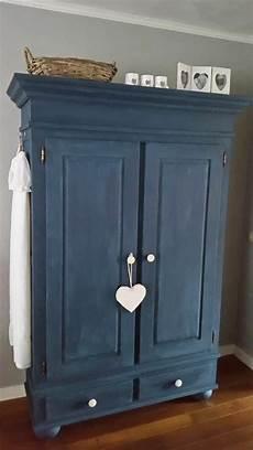 peinture pour meuble en bois 1001 id 233 es pour relooker une armoire ancienne diy 233 s