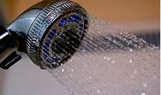 kalt duschen ungesund 10 vorteile einer kalten dusche besser gesund leben