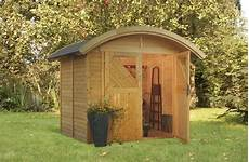 cabanon en bois castorama cabane de jardin ronde cabanes abri jardin