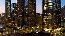 hotel at a glance chicago luxury hotel the langham