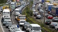 Stau A5 Hessen - a5 frankfurt unfall mit zwei autos stau im
