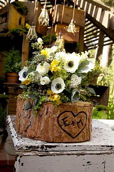 woodland theme wedding by borrowed flowers by petals floral design products i love wedding