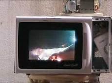 Metall In Der Mikrowelle - alufolie in der mikrowelle