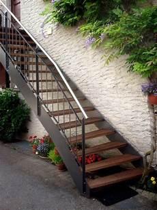 Rambarde D Escalier Exterieur Escalier Ext 233 Rieur Bois M 233 Tal De Type Loft Escalier
