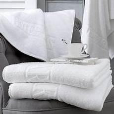 Bathroom Towels Won T by 10 Things Your Hotel Housekeeper Won T Tell You I