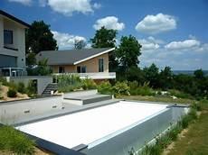 piscine sur terrain en pente piscine terrain en pente extraordinaire terrain en