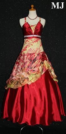 Womens Desain Baju Gaun Pesta
