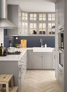 Grey Kitchen Base Cabinets by L Shaped Kitchen With Traditional Wall And Base Cabinets