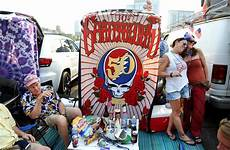 dead and company shows grateful dead members team up with mayer for dead company chicago tribune