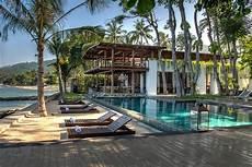 lombok villas homes and land kelowna beach front luxury villas for sale at sengigigi lombok