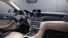 coffre mercedes gla mercedes gla 2017 dimensions boot space and interior