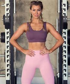 instagram fitness model best fitness bloggers to follow on instagram to stay