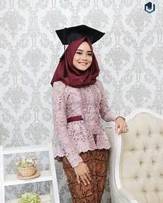 Model Jilbab Yang Cocok Untuk Kebaya Pintar Mencocokan