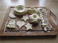 Salzteig Figuren Formen - keramik selber herstellen keramik deko selber machen was