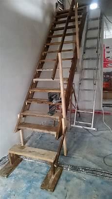 Bolzentreppe Aus Granit Und Edelstahl Treppengel 228 Nder