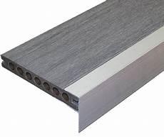 profil finition terrasse composite accessoires terrasses composite am 233 nagement exterieur