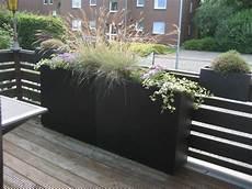 Pflanzkübel Als Sichtschutz - pflanzk 252 bel fiberglas anthrazit fungiert als sichtschutz