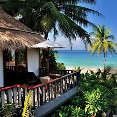 H 244 Tel Surin Phuket Tha 239 Lande