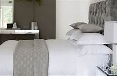 bedroom hotel style decorating 33 cool hotel style bedroom design ideas digsdigs