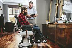 how much to tip your barber or stylist