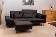 sofa mit hocker sofa embrace mit hocker br 252 hl sofas g 252 nstig kaufen