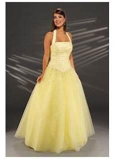 robe de bal coiffurete robe de bal jaune