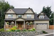 traditional style house plan 4 beds 2 5 baths 2500 sq ft plan 48 105