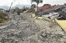 Belajar Hadapi Gempa Bumi Dari Jepang