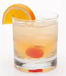 whiskey sour cocktail recipe shakethat