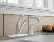 choosing a kitchen faucet how to choose a kitchen faucet at faucet depot