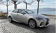 Essai Vid 233 O Lexus Is 300h Restyl 233 E 2017