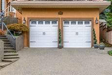 prix porte de garage prix porte de garage tout savoir pour 233 valuer ses