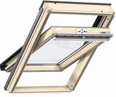 velux dachfenster streichen original velux dachfenster schwingfenster holz fenster