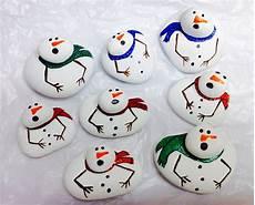 Steine Bemalen Weihnachten - try these rock painting ideas for
