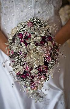 Wedding Flowers With Brooches