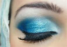 Augen Make Up Blaue Augen - blue makeup tutorial with colored lipstick