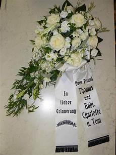 kranz beerdigung preis trauerkr 228 nze trauergestecke zur beerdigung trauerfloristik
