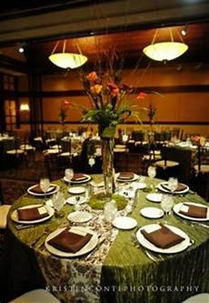 wedding table linen with purple napkins runners but head table should have full color party