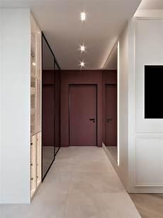 de quelle couleur peindre les portes d un couloir