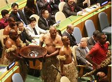 un following tradition to un papua new guinea president went to un meeting in newyork