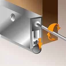 joint acoustique porte poser une plinthe automatique porte