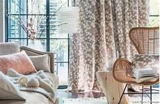 déco rideaux salon design comment cr 233 er un salon cocooning et cosy 10 astuces