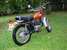 Leichte Enduro Mit Straßenzulassung - yamaha yamaha dt 125 e moto zombdrive