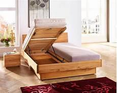 Massivholzbett Mit Bettkasten - massivholzbetten mit bettkasten und lattenrost f 252 r sch 246 ne