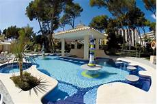 up pool größen hotel riu bravo pool bar swim up bar hotel in