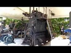 Grosser 3 Zylinder Diesel Motor