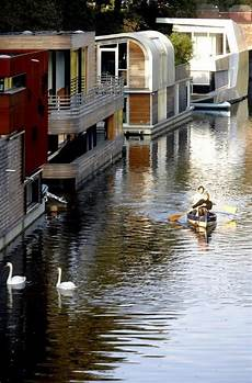 Hausboot In Hamburg On The Water