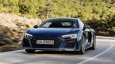 zoom r 8 review 2019 audi r8 gets some thoughtful updates and is still gorgeous roadshow