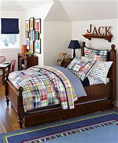sophisticatedly green mom pottery barn kids quilt 100